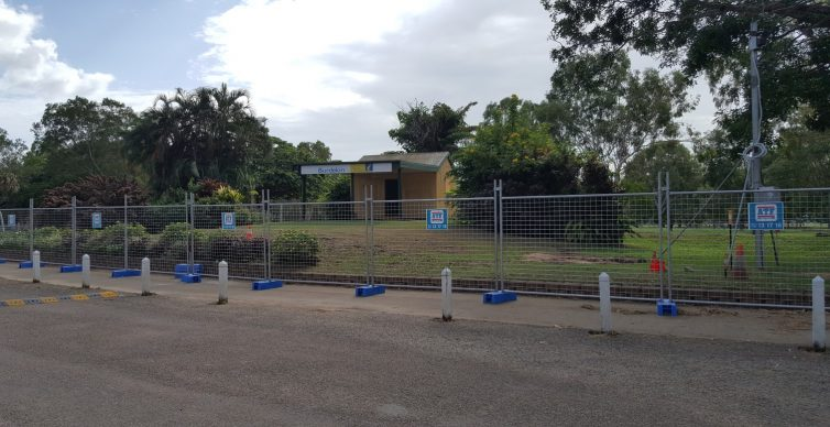 Plantation Park Tourist Information Centre fenced off for redevelopment